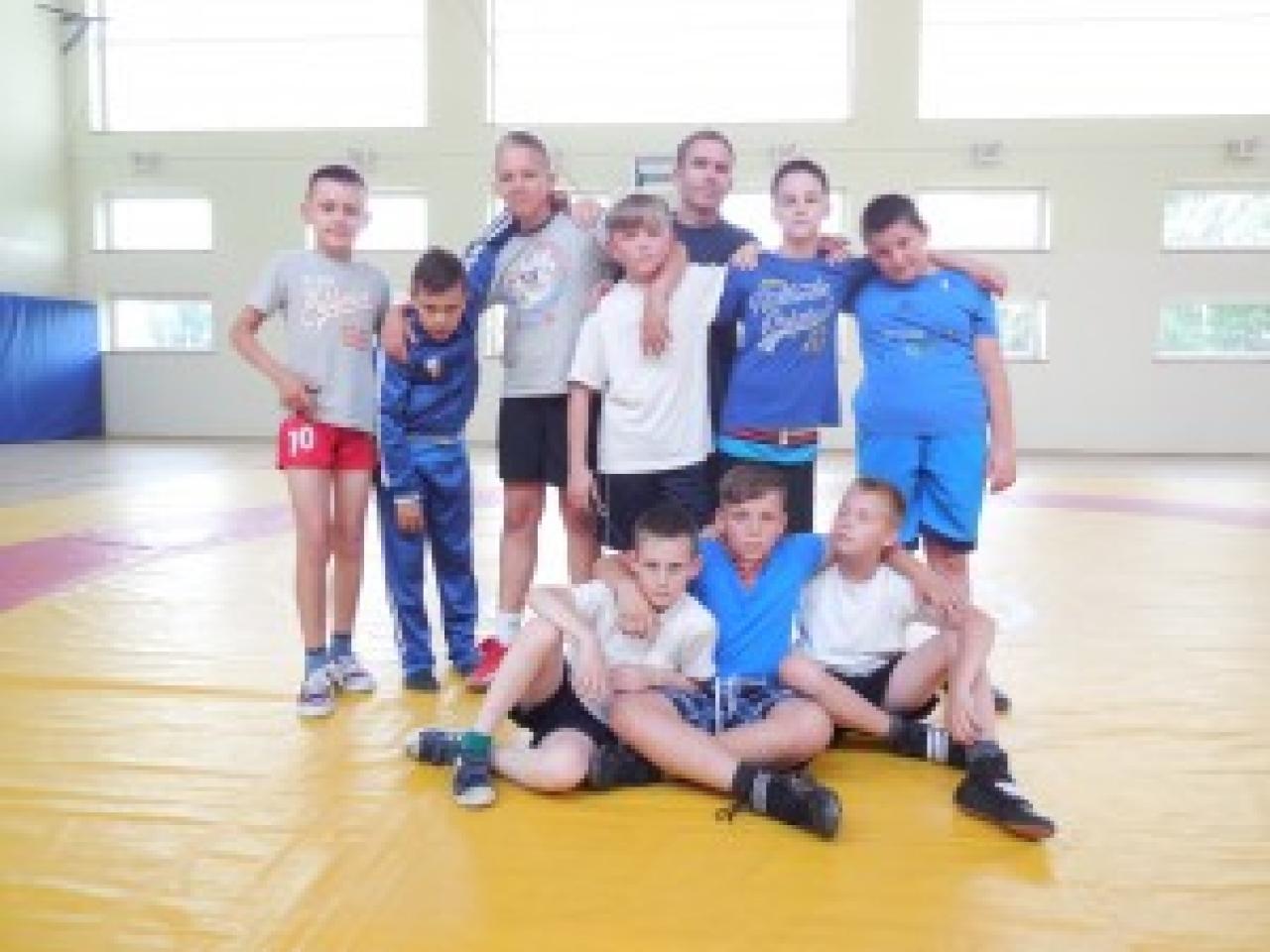 Zdjęcie główne #80 - Polish Snail Holding wspiera młodych elbląskich sportowców