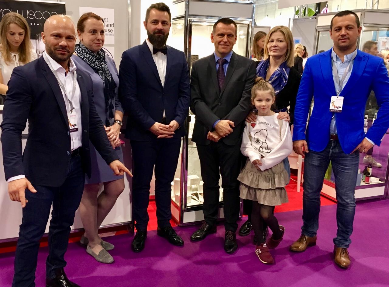 """Zdjęcie główne #185 - PSH własciciel marki Molluscoo na Międzynarodowych Targach Kosmetycznych """"Estetika"""" w Brukseli"""